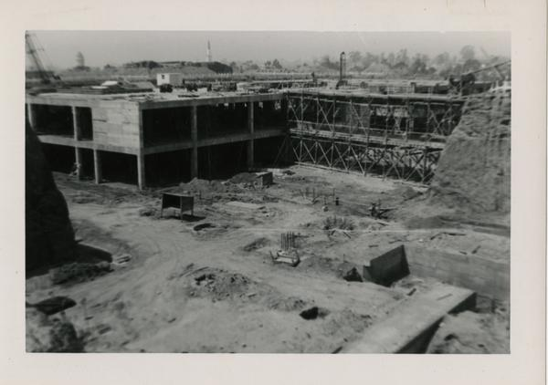 Looking southwest at UCLA Medical Center during construction, May 4, 1952