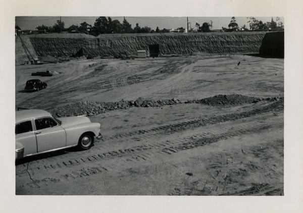 Looking at east at UCLA Medical Center during construction, october 27, 1951