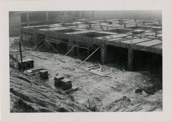 Looking southwest at UCLA Medical Center during construction, April 5, 1952