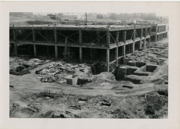 Looking northeast at UCLA Medical Center during construction, May 4, 1952