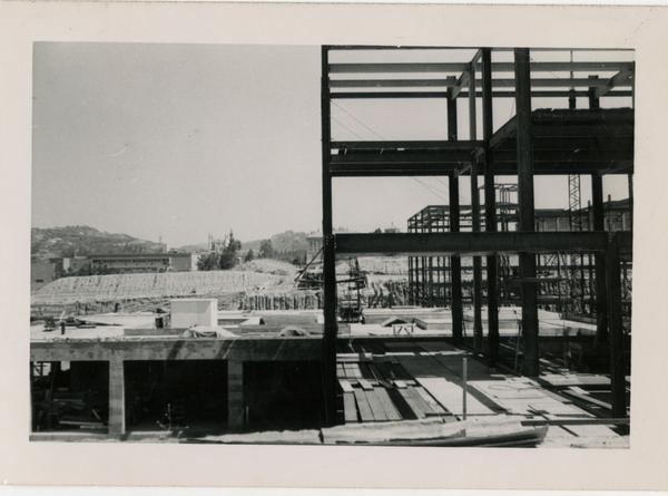 Looking north at UCLA Medical Center during construction, June 14, 1952