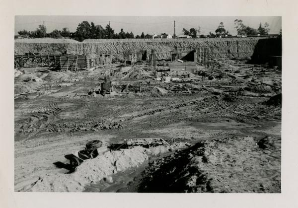 Looking east at UCLA Medical Center during construction, January 27, 1952
