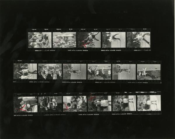 Contact sheet of family picnic (10/12/1980)