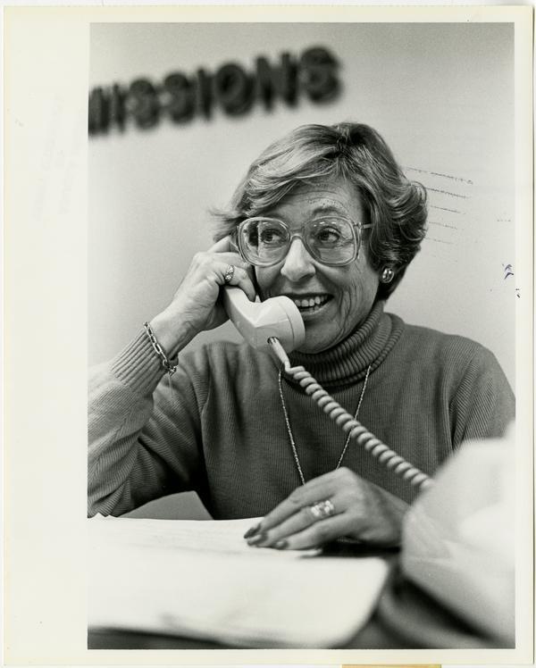Hospital Communications (12/19/1984)