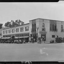 Street scene at Wilshire Boulevard and 4th Street, Santa Monica, 1928
