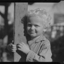 Child and post, Los Angeles, circa 1935